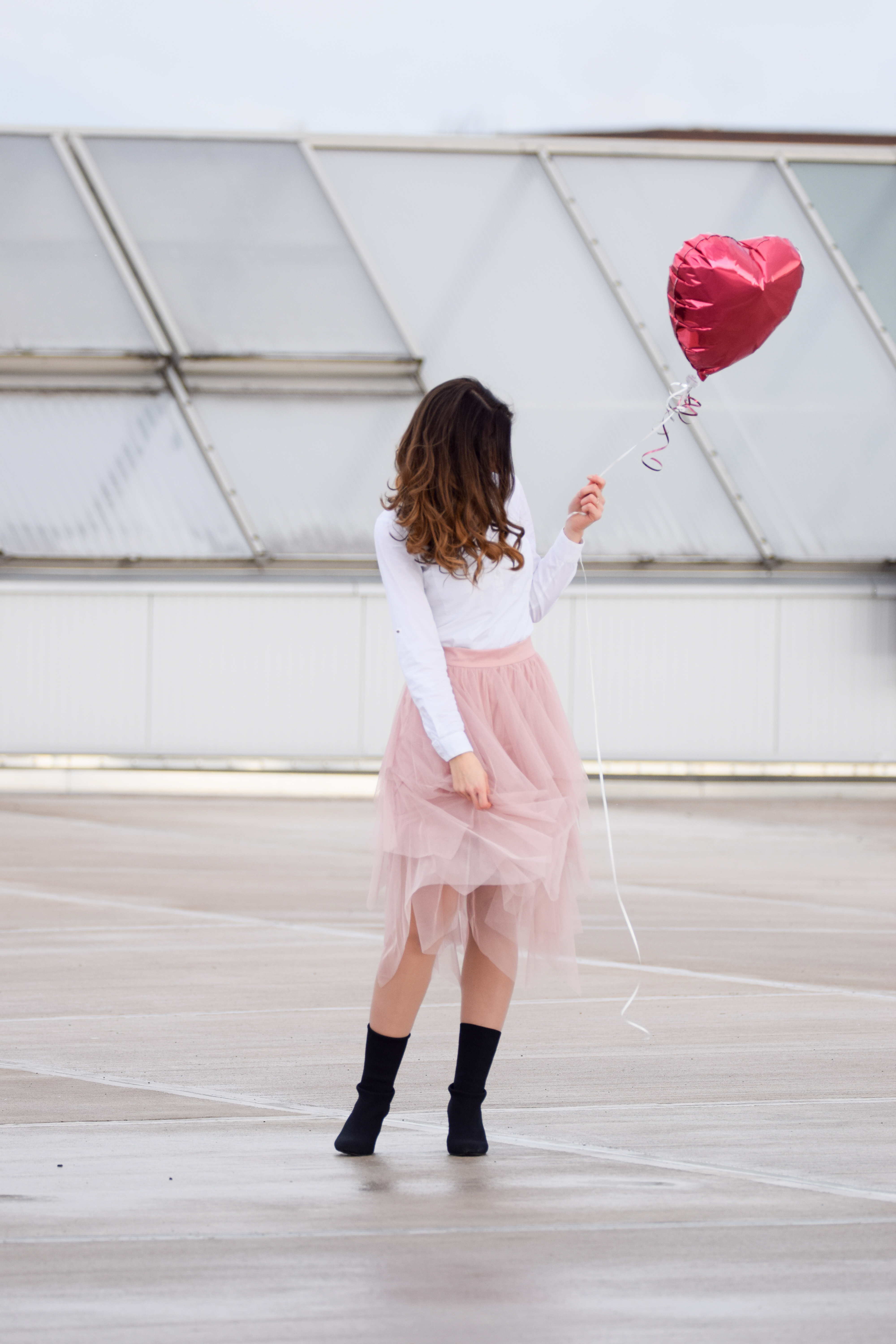 3 Outfit Inspirationen zum Valentinstag | casual, cute, chic